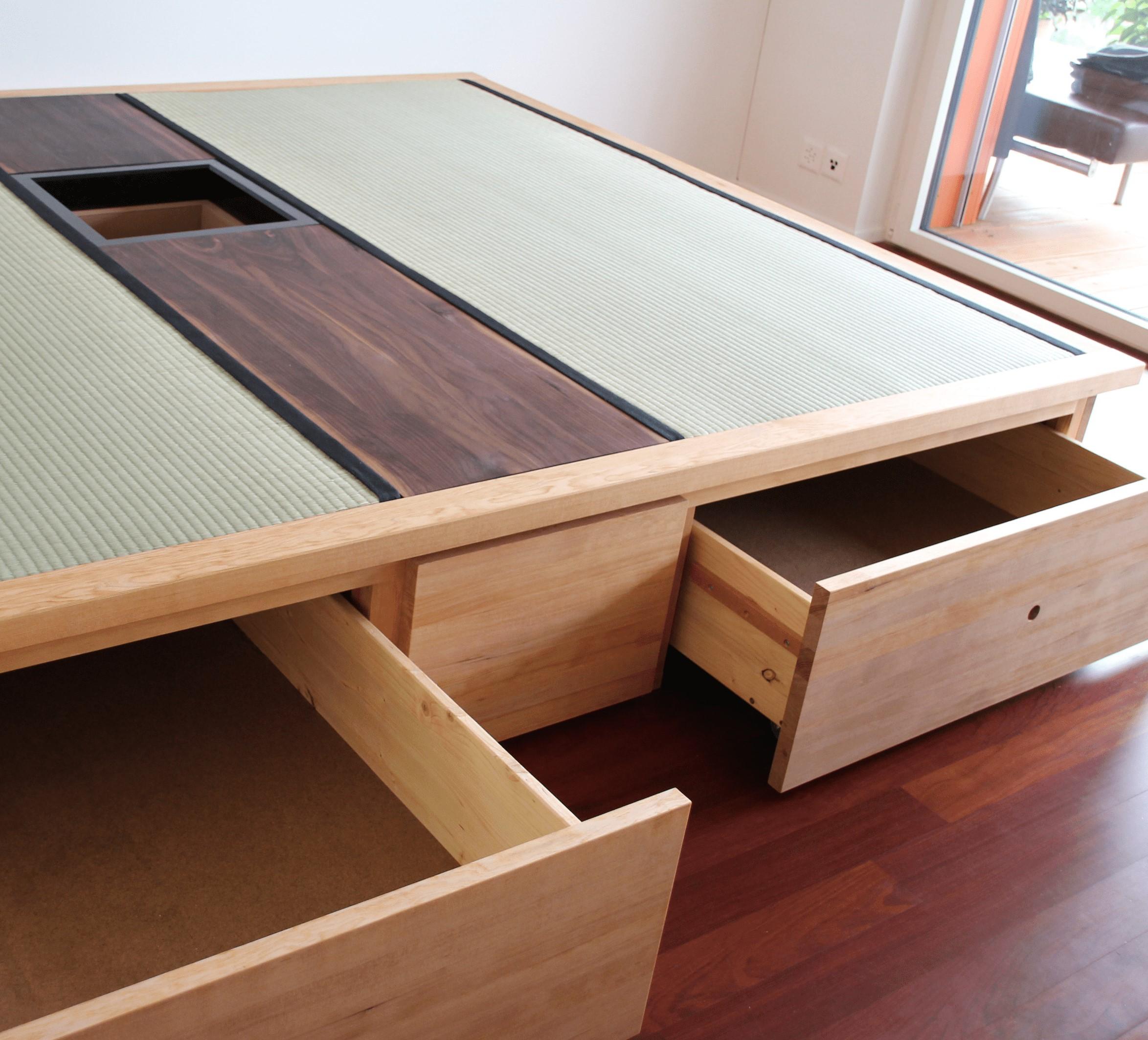 podest mit ausziehbarem bett ud83 kyushucon. Black Bedroom Furniture Sets. Home Design Ideas