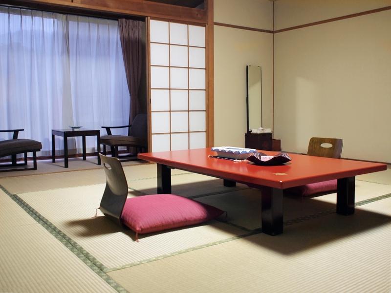 Einbauküche Sessel Haus japanischer Stil Glas