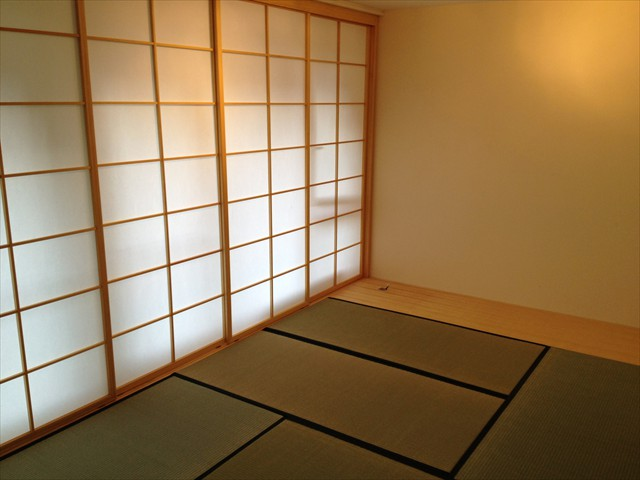 referenzobjekte japanshop japanische einrichtung shoji futon. Black Bedroom Furniture Sets. Home Design Ideas